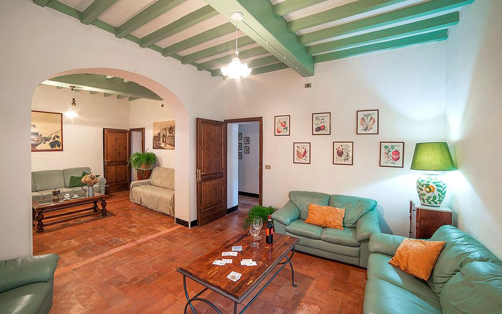 Agriturismo villa montaperti villa con piscina for Soggiorno dimora del grifo