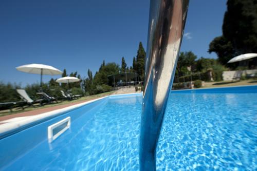 Agriturismo villa montaperti villa con piscina - Agriturismo toscana con piscina coperta ...